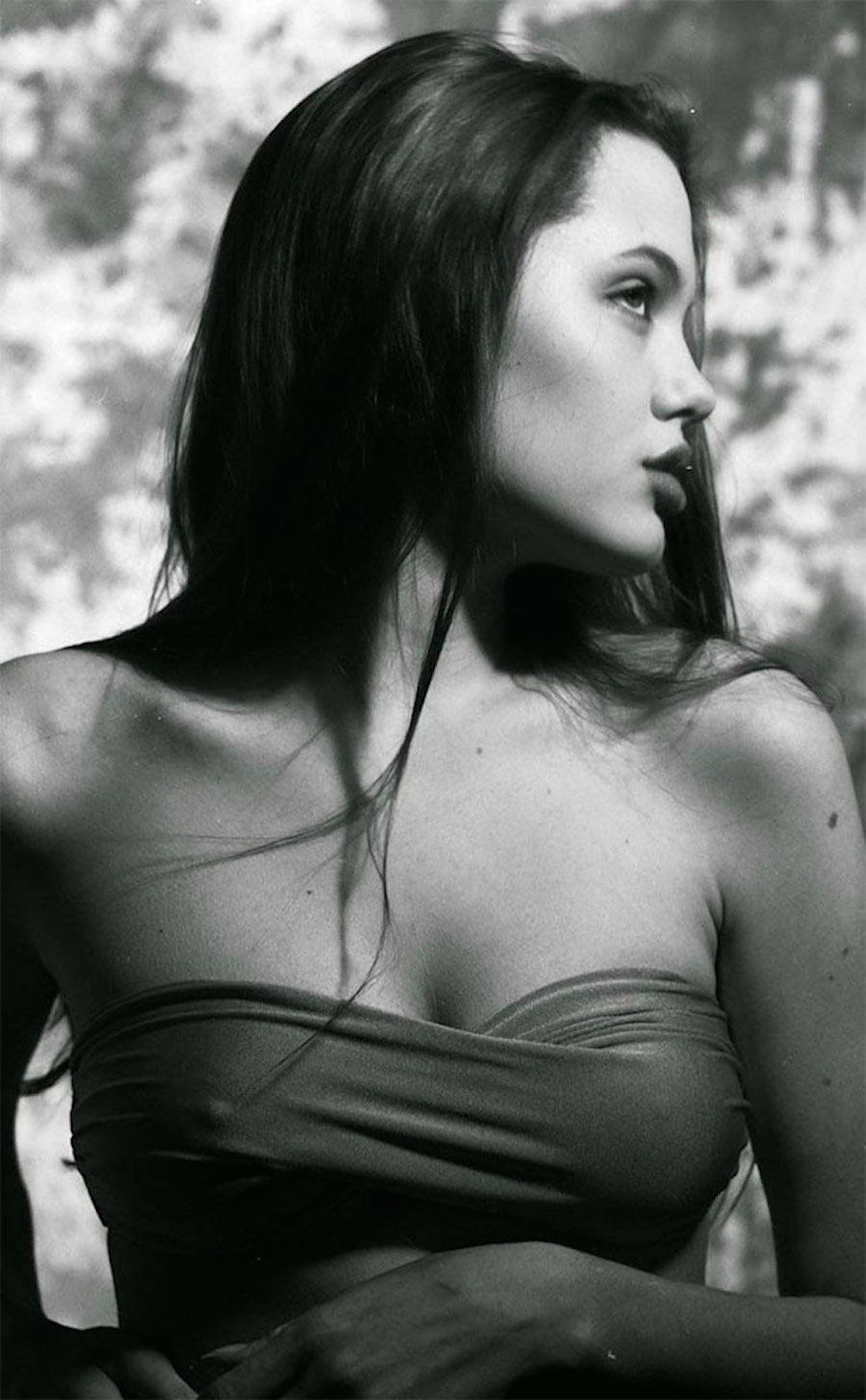mlada-angelina-jolie-28