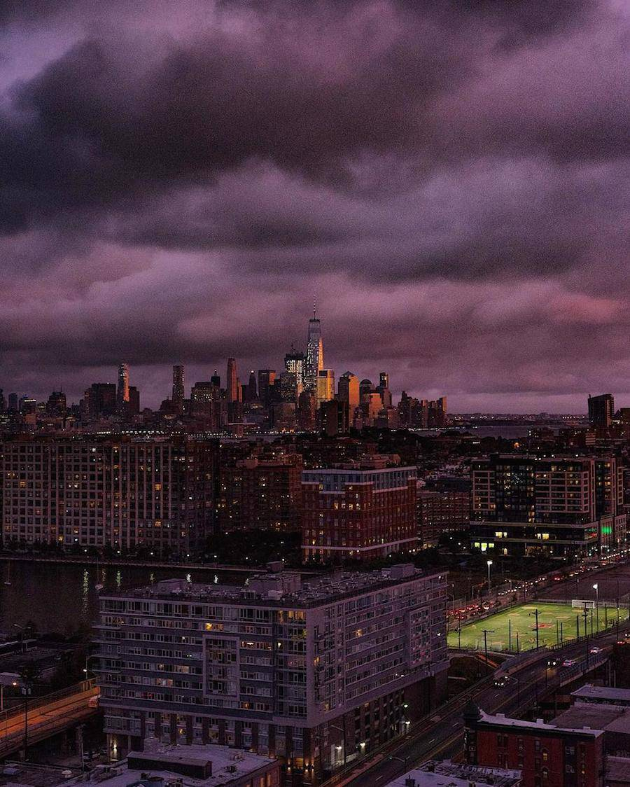 Breathtaking-Purple-Sunset-Over-New-York-7-900x1124